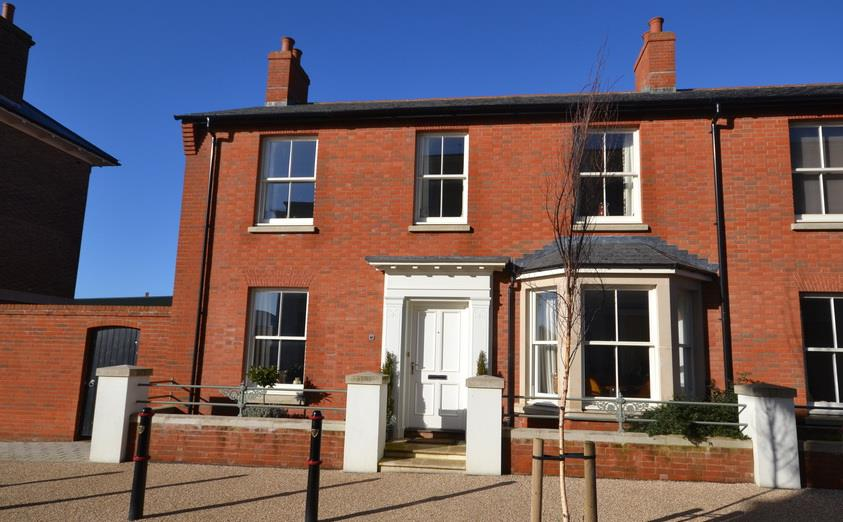 3 Bedrooms Property for sale in Liscombe Street, Poundbury, Dorchester
